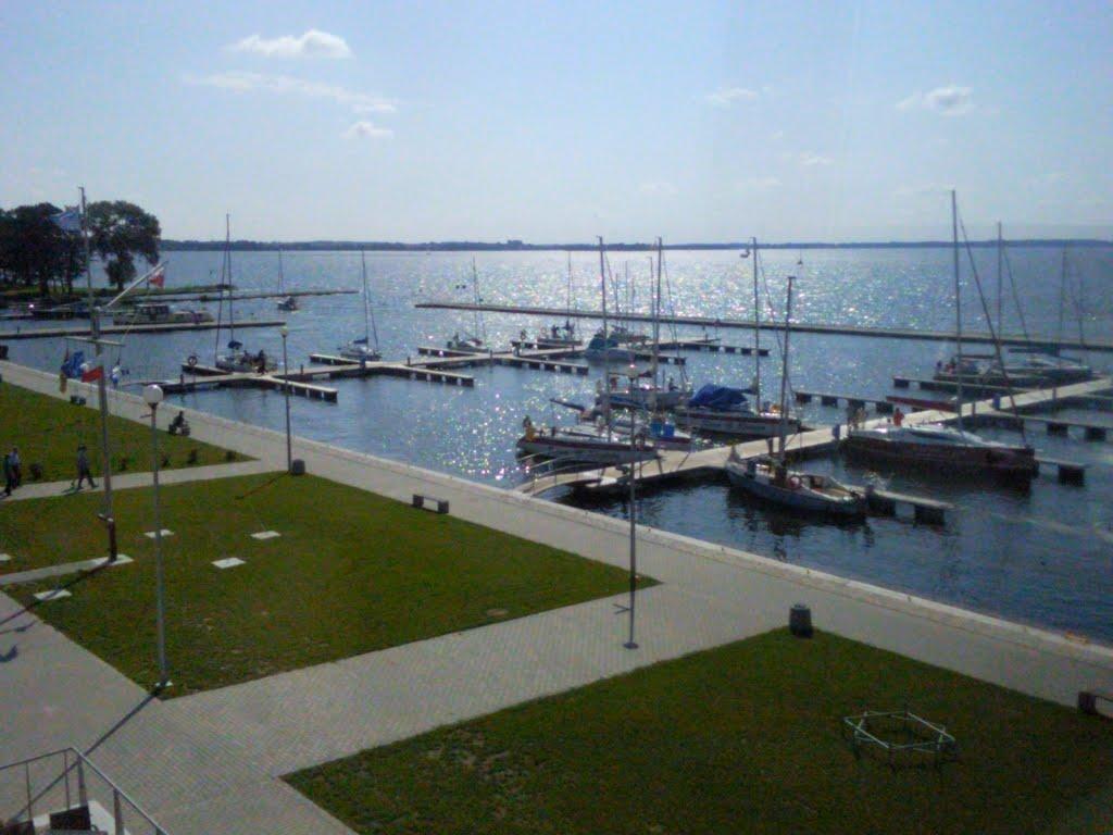 port-ekomarina-giżycko-nowoczesna-przystań-żeglarska-mazury