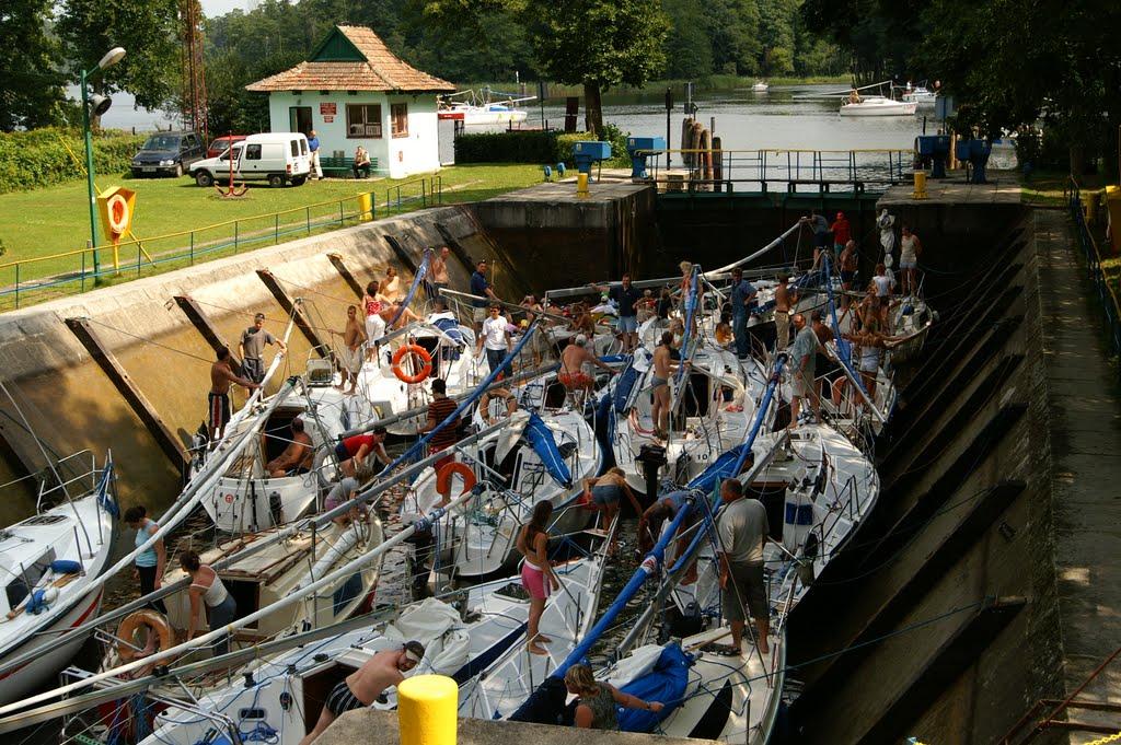guzianka-szczyt-sezonu-żeglarskiego-na-mazurach
