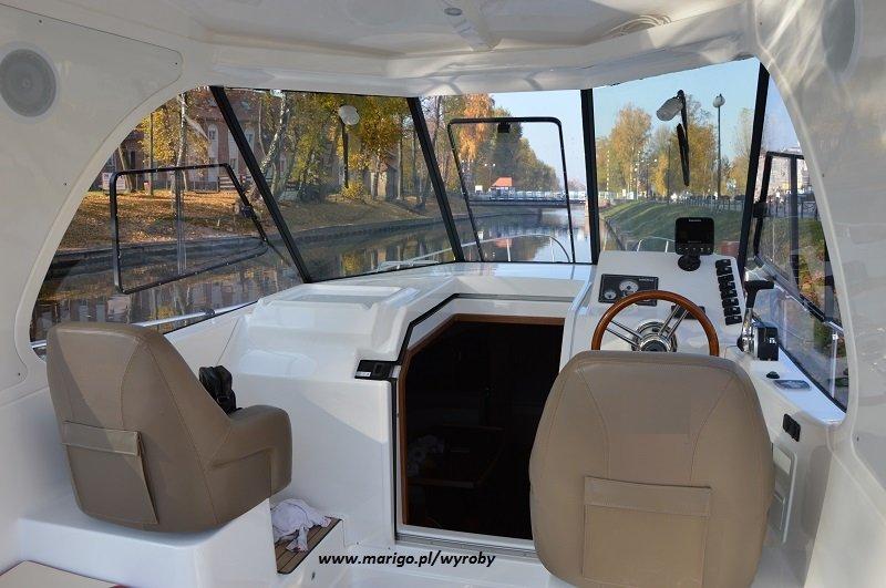 jacht-illuminatus-fotele-sternika