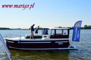 czarter-bez-patentu-jacht-calipso-750-mazury-lato-na-jeziorze-święcajty
