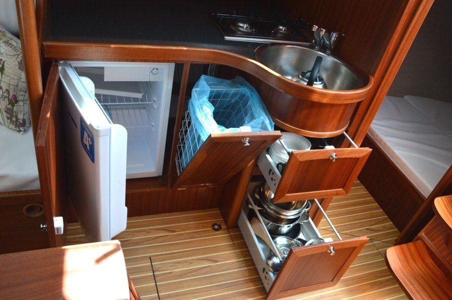 tango-33-jacht-czarter