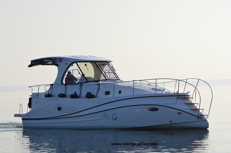 jacht-illuminatus-na-jeziorze-niegocin