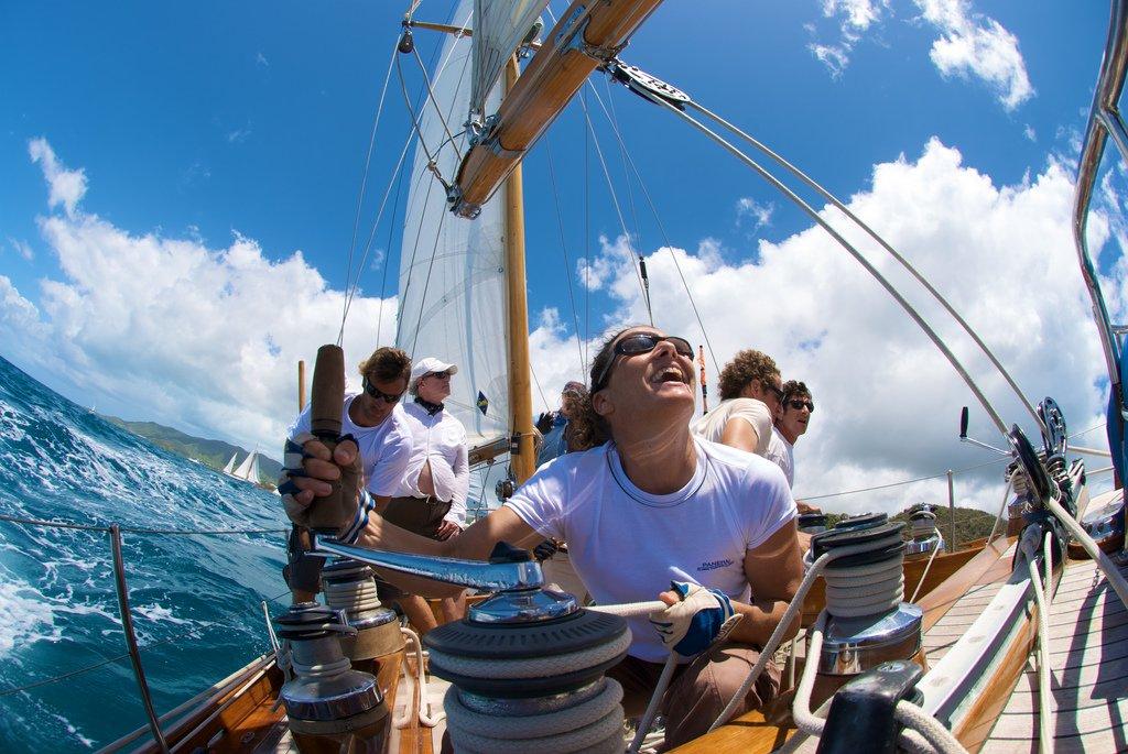 żeglowanie-i-wynajmowanie-jachtów
