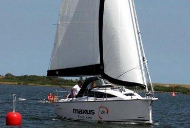 maxus 26 jacht czarter mazury