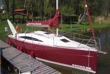 jacht żaglowy sedna 26 na Mazurach