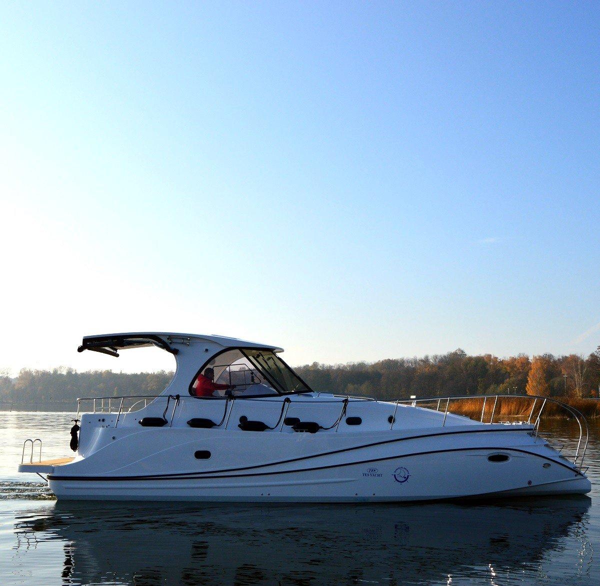 czarter houseboat mazury