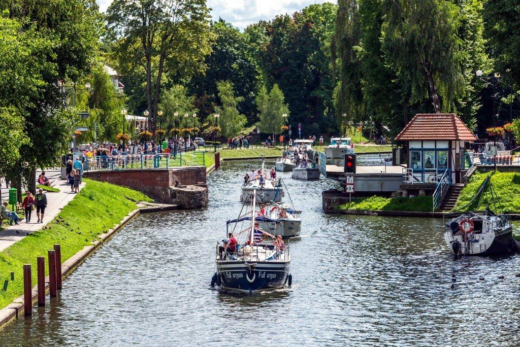 jacht Full Wypas Marigo Czarter na kanale Gizyckim