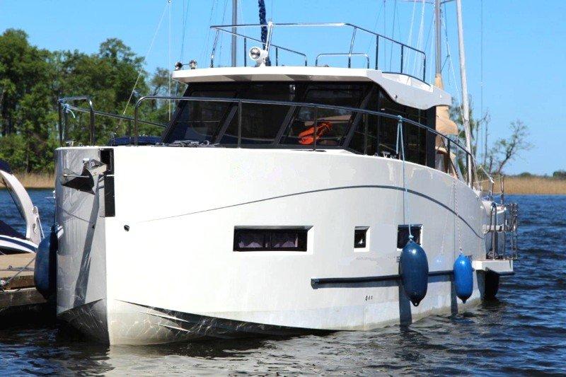 futura 36 wynajem jachtu motorowego mazury