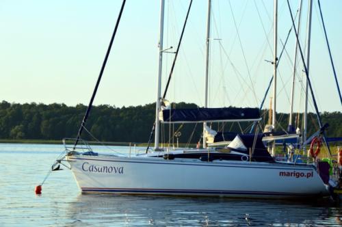 tango-33-marigo-czarter-w-stanicy-wodnej-kietlice-nad-jeziorem-mamry
