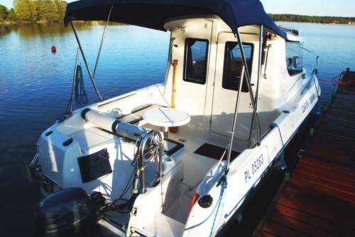 rufa jachtu motorowego na czarter quicksilver 650