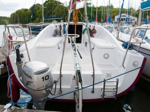 Sedna30-czarter-rufa-jachtu