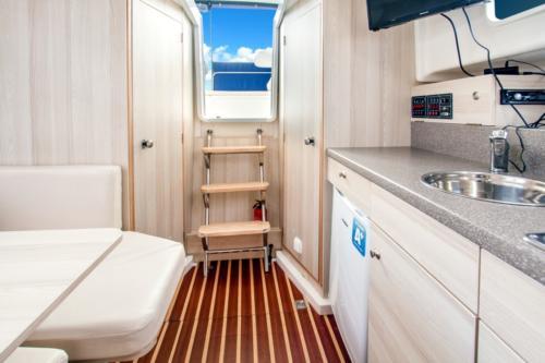 houseboat-nautika-830-mazury-czarter