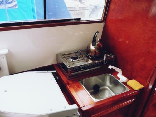 jacht-bez-patentu-kambuz