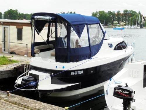 jacht-motorowo-spacerowy-am-780