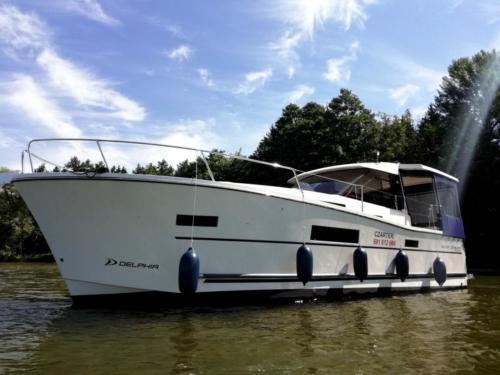 nautika-1000-jacht-motorowy
