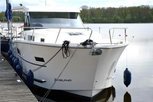 nautika-1000-przód-jachtu