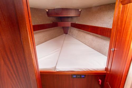 tango-33-kabina-dziobowa z drzwiami przesuwanymi
